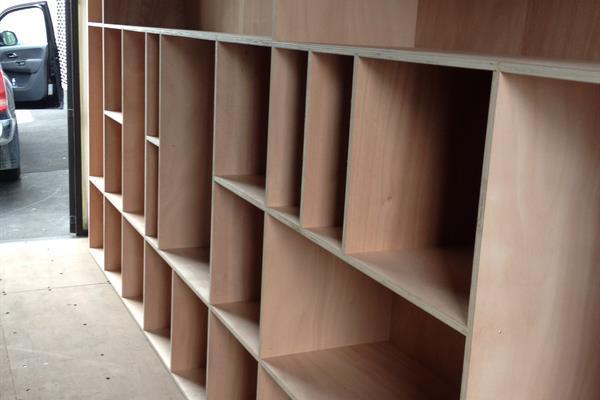 20ft Webbs Wine Storage Container (2)